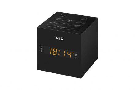 AEG Ραδιο-ξυπνητήρι USB/AUX-IN με Οθόνη LED Καθρέφτη σε Μαύρο χρώμα και Σχήμα Κύβου