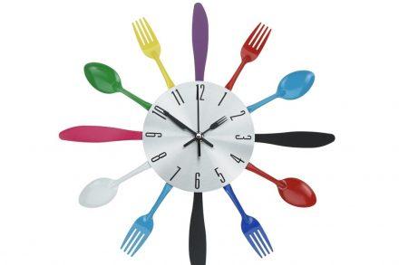 Αναλογικό Ρολόι Τοίχου 33.5cm με πολύχρωμα μαχαιροπίρουνα - Aria Trade
