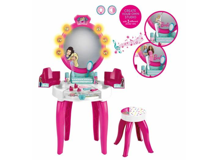 Barbie Παιδικό Στούντιο Ομορφιάς με 10 αξεσουάρ Φως και Ήχο