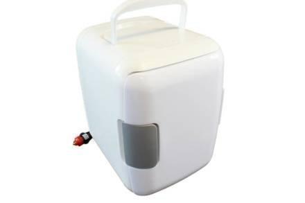 Mini Φορητό Ψυγείο Ταξιδίου 4L με λειτουργία Ψύξης και θέρμανσης
