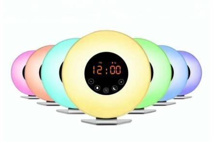 Grundig Ράδιο Ξυπνητήρι με φωτισμό LED σε διαφορετικά χρώματα και καλώδιο USB